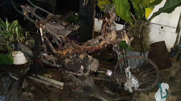 Motor Korban juga Hangus Akibat Kebakaran di Legok Tangerang