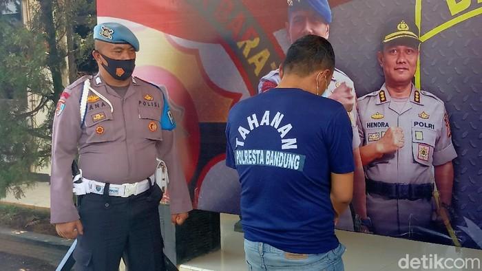 Pelaku pembunuhan wanita hamil di Kabupaten Bandung terungkap. Ternyata, pelaku merupakan suami siri korban.