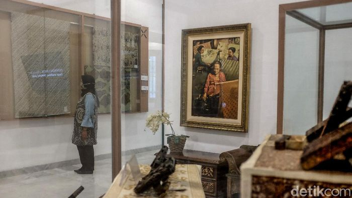 Suasana masih terlihat lengang di salah satu destinasi wisata Museum Tekstil, di KS Tubun, Jakarta, Jumat (23/10/2020).
