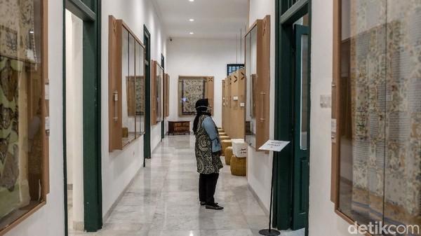 Bahkan, untuk kunjungan turis asing, menurut Disparekraf DKI Jakarta, anjlok hingga 99 persen.