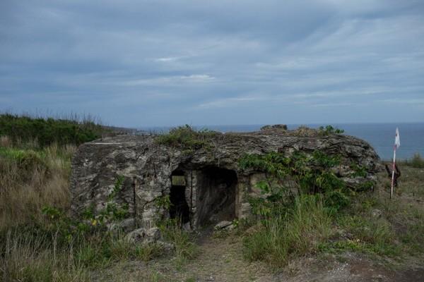 Pulau ini pernah menjadi saksi pertempuran pasukan AS melawan Jepang saat Perang Dunia II. Pertempuran yang terjadi mulai 19 Februari 1945-26 Maret 1945 itu disebut sebagai Pertempuran Iwo Jima. (Foto: Getty Images/Chris McGrath)