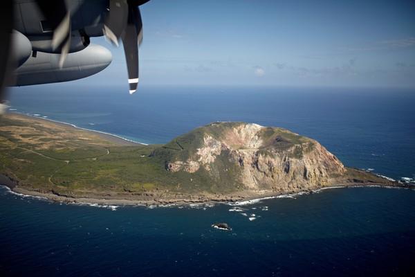 Pulau Iwo Jima terletak di selatan Jepang dan di barat Samudera Pasifik. Pulau seluas 21 kilometer persegi itu masuk dalam wilayah administratif Tokyo. (Foto: Getty Images/iStockphoto/jriedy)