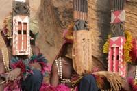 Yang membuat kagum, meski hidup primitif tapi orang Dogon paham soal astronomi. (Getty Images/iStockphoto)