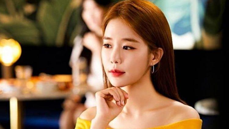 Yoo In Na, Bintang The Spies Who Loved Me Saat Cicip Sereal dan Salad
