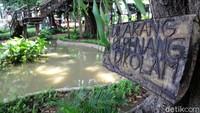 Penampakan kolam yang berada di Taman Tomang Rawa Kepa.