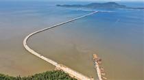 Ini Dia Jembatan Penghubung Dermaga Terpanjang di Indonesia