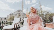 Kurma Muda dan Jus Lemon, Kudapan Favorit Oki Setiana Dewi