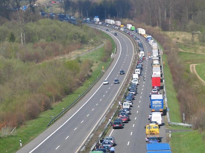 Macet di Jalan Tol Jerman