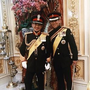 Pangeran Ganteng Brunei Diserbu Ucapan Duka, Kakaknya Meninggal di Usia 38
