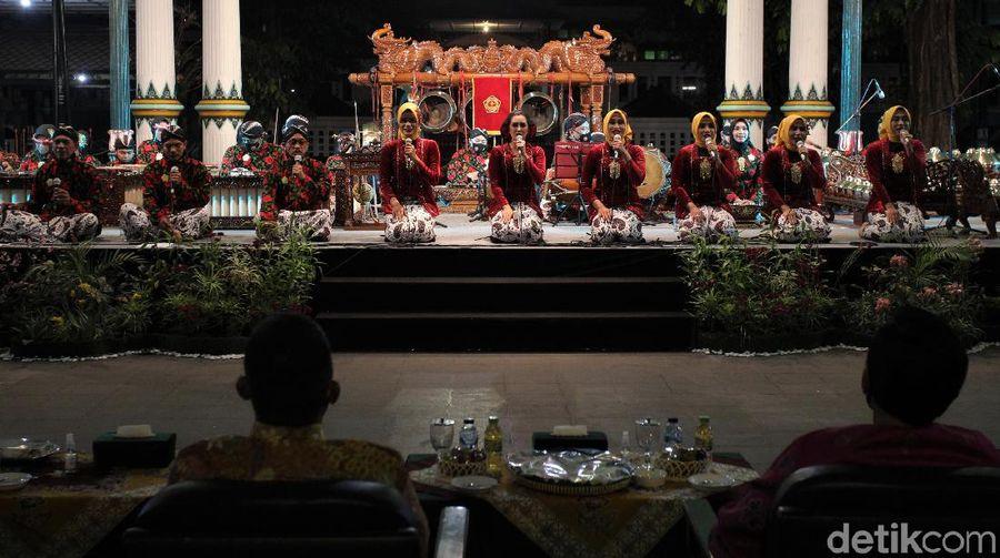 Festival Karawitan Internasional 2020 digelar di Yogyakarta. Acara tersebut digelar dengan menerapkan protokol kesehatan guna cegah penyebaran virus Corona.