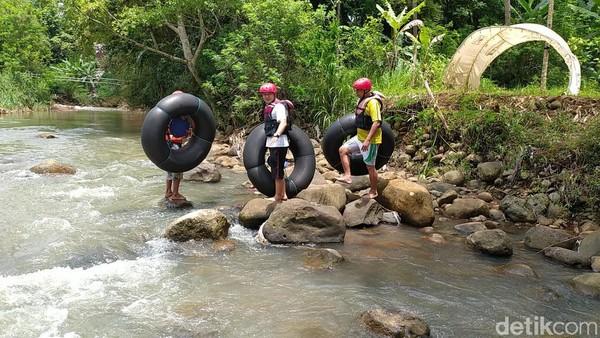 Kondisi air sungainya sendiri cukup jernih dan deras apabila setelah turun hujan. Panjang jarak tempuh sekitar 2,5 kilometer atau memerlukan waktu sekitar 2 jam untuk sampai finish.