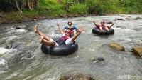 Wisata Sedekan River Tubing di Ciamis yang Hits dan Menantang