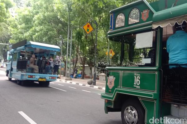 Bus yang digunakan ini khusus untuk wisata.