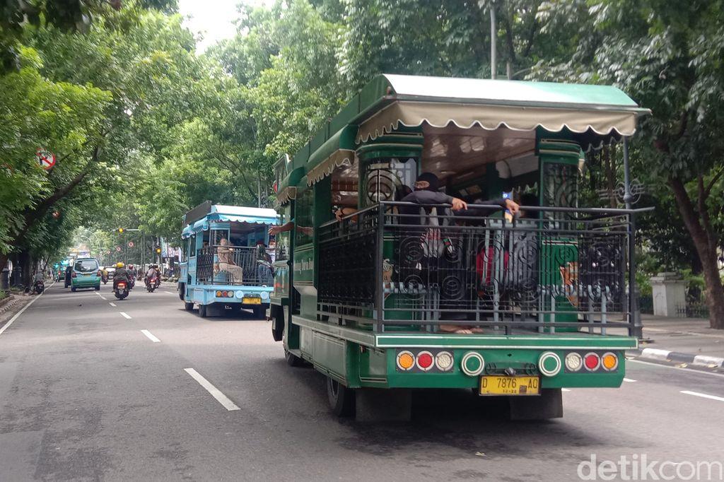 Bandung Tour On Bus (Bandros)