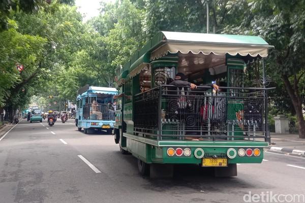 Bentuknya diubah sehingga memudahkan wisatawan untuk melihat dan menikmati keindahan kota.
