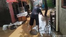 Sempat Setinggi 1,5 Meter, Banjir di Rawajati Jaksel Mulai Surut
