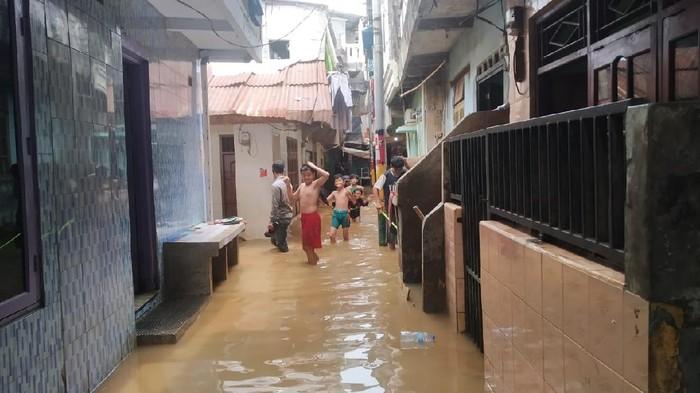Banjir di kawasan Kebon Pala Jaktim (Foto: Wilda/detikcom)