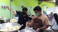 Cerita Koki yang Kena PHK Akibat COVID-19 Kini Beralih Jadi Relawan