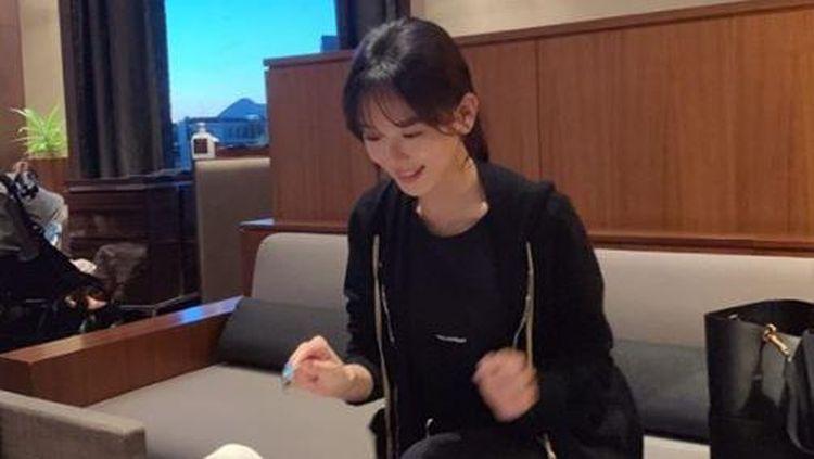 10 Potret Manis Kang Han Na Saat Sarapan dan Makan Sup