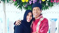 Unggahan Terakhir Istri Kiwil Disorot, Netizen Doakan Masa Depan Rochimah Baik