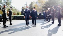 Prabowo Lanjutkan Safari Pertahanan ke Turki, Disambut Upacara Militer
