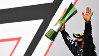 Lewis Hamilton Tak Menyangka Bisa Lewati Rekor Michael Schumacher