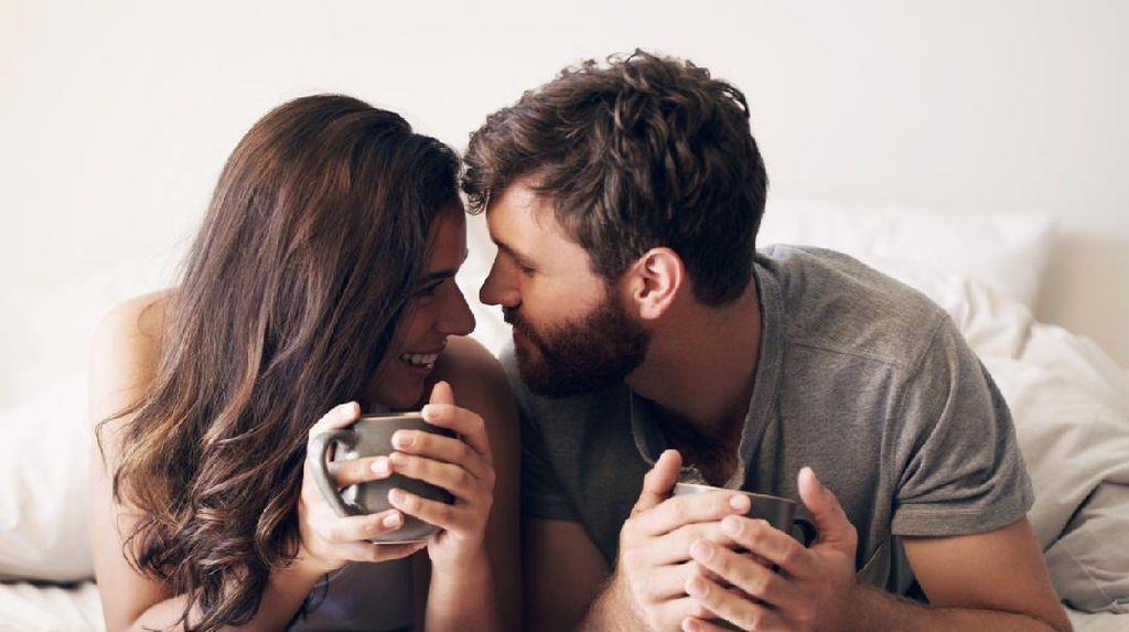 Peminum Kopi Lebih Bergairah Saat Hubungan Seks, Ini Sebabnya