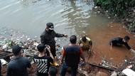 Banjir Tak Surut, Bima Arya: Saluran Air Ketutup Longsor Bangunan Liar