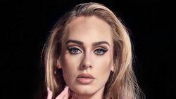 Adele Bikin Lelucon soal Penampilan Barunya yang Langsing