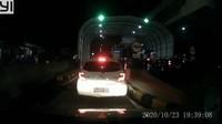 Viral Aksi Pemobil Terobos Palang-Tak Bayar Tol Jakasampurna Bekasi