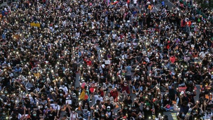 Demonstran berdemo lagi usai PM Thailand menolak mengundurkan diri (AFP Photo)