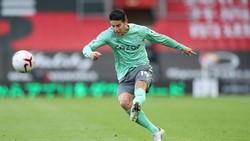Fans Liverpool Tuding Carlo Ancelotti Bohong soal James Rodriguez