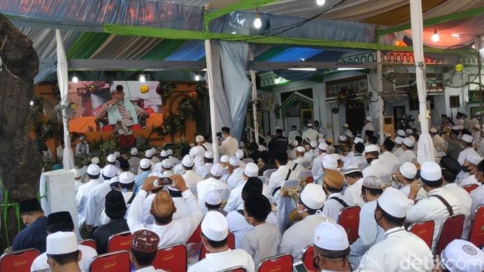 Jemaah Padati Haul KH Abdul Hamid Pasuruan Meski Digelar Virtual