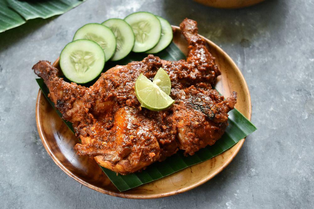 kuliner pedas indonesia
