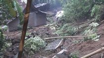 Belasan Rumah dan 1 Warga Tertimpa Longsor di Purworejo