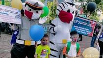 Puluhan Warga Magetan Terjaring Operasi Zebra Polisi Berkostum Badut