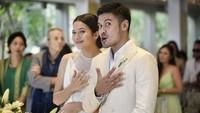 7 Foto Artis Indonesia yang Menikah dengan Idolanya, Beruntung Banget!