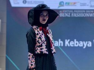 10 Koleksi Roemah Kebaya di Mercedes Fashion Week Rusia 2020