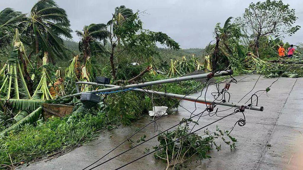 Badai Molave Terjang Filipina, 12 Nelayan Hilang