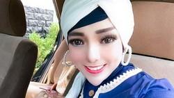 Kata Selebgram Hijab yang Viral karena Dagu Lancipnya Bikin Netizen Julid