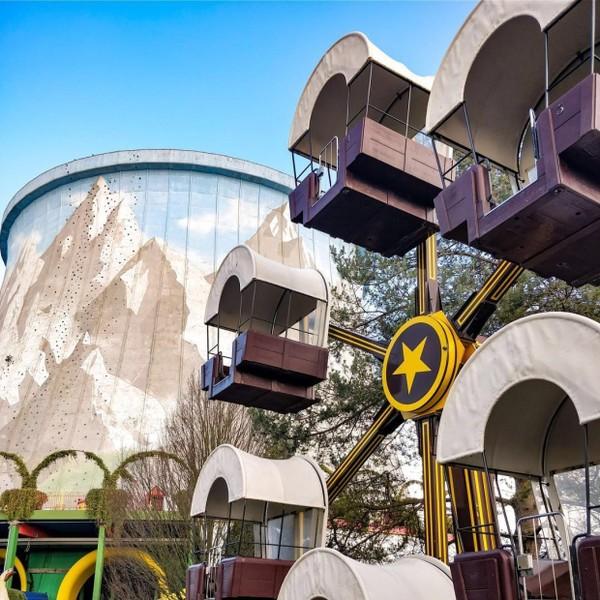 Wunderland Kalkar memang anti mainstream. Bangunannya menggunakan bekas reaktor nuklir yang tidak pernah difungsikan dan ditinggalkan begitu saja. Daripada mangkrak, lebih baik dijadikan sesuatu yang bermanfaat. (dok. Instagram)
