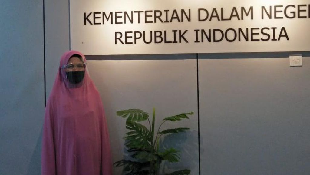 Beda Versi Warga Surabaya Vs Dirjen Dukcapil soal Sulitnya Urus Akta Kematian
