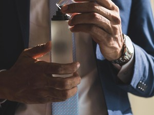 5 Parfum Pria dari Brand Lokal yang Tahan Lama dan Punya Wangi Memikat