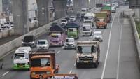 Long Weekend, 73.201 Kendaraan Tinggalkan Jakarta Via Tol Jakarta-Cikampek