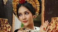 Cantiknya Anya Geraldine Liburan di Bali