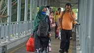 Libur Cuti Bersama, Terjadi Lonjakan Bus dan Truk di Pelabuhan Merak