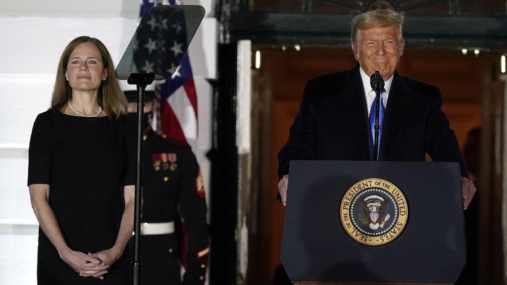 Amy Coney Barrett Jadi Hakim Agung, Trump: Hari Sangat Penting Bagi AS!