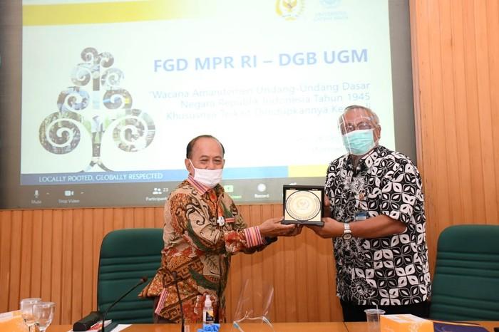 FGD antara MPR dengan Dewan Guru Besar (DGB) UGM di Yogyakarta