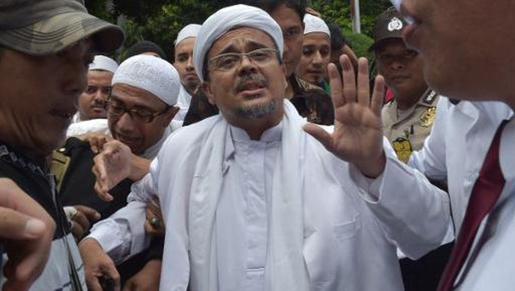 Pengacara: Habib Rizieq Lebih Mudah Dijenguk Keluarga di Rutan Bareskrim