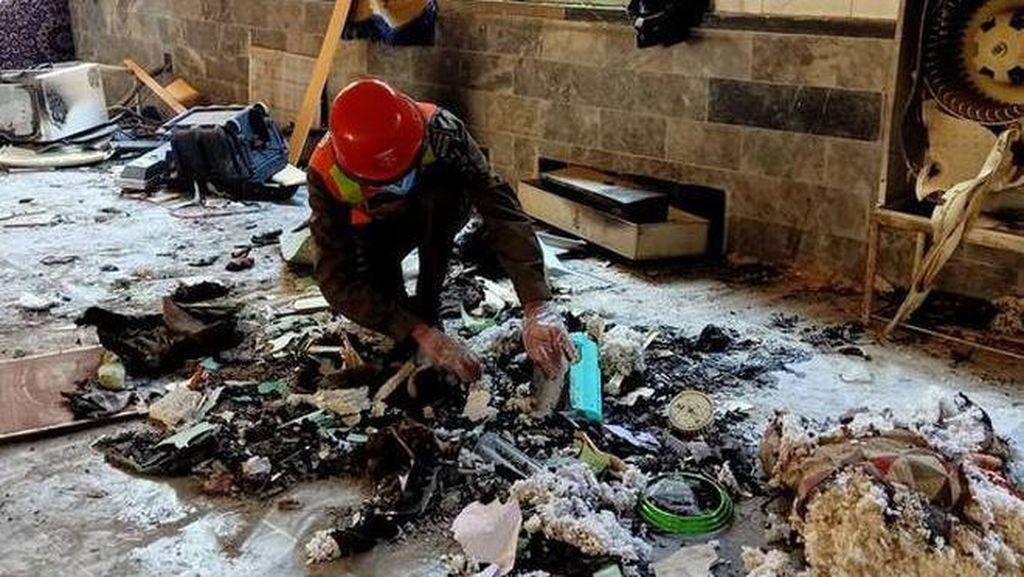 Bom Meledak di Madrasah Pakistan, 7 Orang Termasuk Anak-anak Tewas